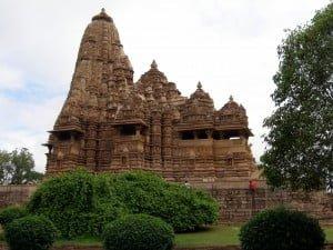 Khajuraho: Kandariya Mahadeo tempel (westelijke tempelgroep)
